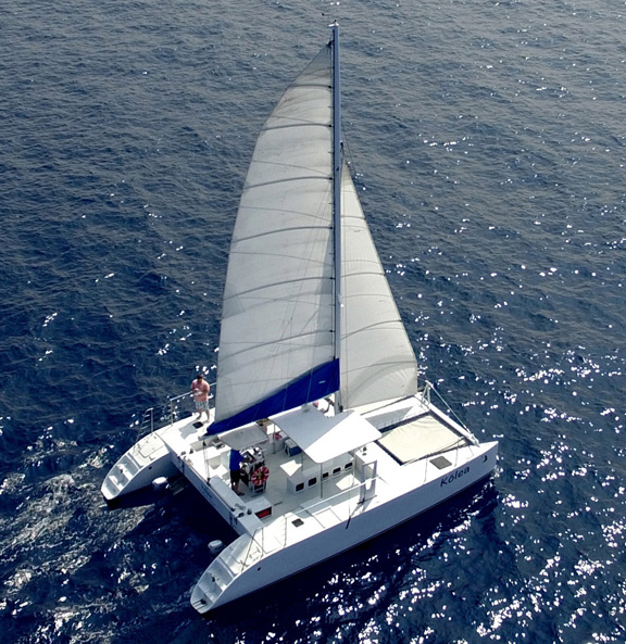 Kona Sailing Charters sailing Big Island Hawaii